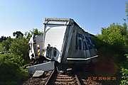 Na železničnom priecestí v Dolných Krškanoch sa zrazil osobný vlak s nákladným autom